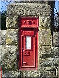 SW9164 : Bridge Post box by phil