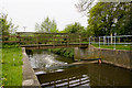 SU5807 : Footbridge and weir on Wallington River by Peter Facey