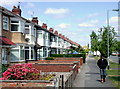TA0628 : Parkfield Drive, Hull by Paul Glazzard