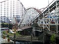 SD3033 : Big Dipper and Pepsi Max Big One by Stephen Sweeney