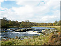 NC9319 : Bend in River Helmsdale near Kildonan by Sarah McGuire