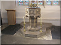 TQ2768 : Mitcham parish church: font by Stephen Craven