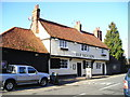 TQ0079 : The Red Lion Pub, Langley by canalandriversidepubs co uk