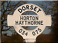 SU0307 : Horton: Haythorne finger-post detail by Chris Downer