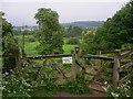 SU9947 : Footpath gate west of Shalford : Week 21