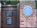 Photo of Red House, Philip Webb, and William Morris blue plaque