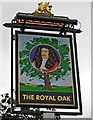 SU9949 : The Royal Oak (2) - sign, 15 Trinity Churchyard by P L Chadwick