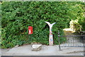 TQ7570 : National Cycle Route 1 signpost, Upper Upnor by N Chadwick