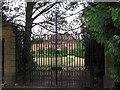 TL6859 : Banstead Manor House by Hugh Venables