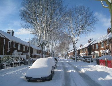 SE8811 : Theodore Road in the snow (2) by Jonathan Thacker