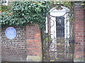 TQ1568 : Sir Christopher Wren Lived Here by Colin Smith