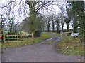 TM2651 : Footpath to Blacksmiths &amp; Manor Roads  &amp; entrance to Manor Farm by Adrian Cable