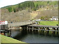 NN1784 : Swing bridge at Gairlochy by Dave Fergusson