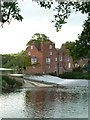 SO9946 : Fladbury weir and Cropthorne Mill by Chris Allen
