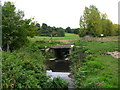 TQ4468 : Bridge over the Kyd Brook south of Tongs Farm by Mike Quinn