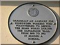 TR0161 : Faversham Society Plaque on Stonebridge Lodge by David Anstiss