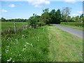 TF0905 : Country lane near Bainton by Marathon