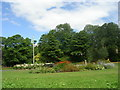 SE1529 : Memorial Garden - Harold Park - Park Road by Betty Longbottom