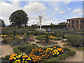 SP2772 : The Elizabethan Gardens, Kenilworth Castle by David Dixon