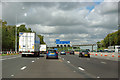 TQ5790 : M25 anticlockwise by Robin Webster