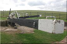 ST9261 : Seend Bottom Lock, Kennet & Avon Canal by Stephen McKay