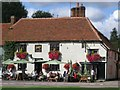 TL6832 : The Fox Inn, Finchingfield by Richard Green
