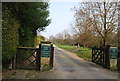 TQ5839 : Calverley Park entrance by N Chadwick