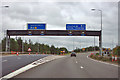 TQ4799 : M25 junction 27 by Robin Webster