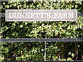 TM3173 : Dunnett's Farm sign by Adrian Cable