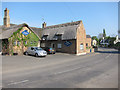 TL2780 : Three Horseshoes, Wistow by Hugh Venables