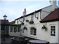 Popular pub and chain restaurant in the centre of the small village of Upper Halliford.