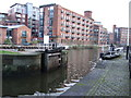 SE3032 : Lock off River Aire, Leeds by JThomas