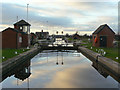 SE6119 : Pollington Lock (8) by Alan Murray-Rust