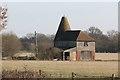 TQ8543 : Oast House at Abbots Skreens Farm, Smarden Road, Headcorn by Oast House Archive