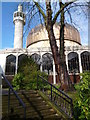 TQ2782 : Regent's Park Mosque and steps, Park Road NW1 by R Sones
