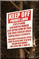 SK7898 : Keep Off ! by Richard Croft