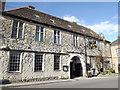 ST8132 : Old Ship Inn, Castle Street by Colin Smith