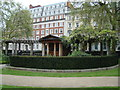 TQ2880 : View of the pergola in Grosvenor Square by Robert Lamb