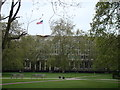TQ2880 : View of the American Embassy from Grosvenor Square by Robert Lamb