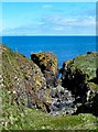 NW9972 : Gully by Port Leen by Andy Farrington
