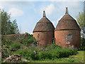 TQ6723 : Dudwells Farm Oast, Bateman's Lane, Burwash by Oast House Archive