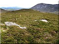 NN9770 : Broad ridge from Stac nam Bodach to Sron na h-Innearach by wrobison