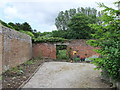 TQ5364 : Gate in Walled Garden at Lullingstone Castle by PAUL FARMER