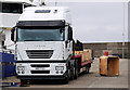J5082 : Articulated lorry, Bangor by Rossographer