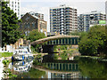 TQ3283 : Regent's Canal, Hoxton by Stephen McKay