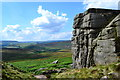 SK2285 : At Crow Chin, Stanage Edge looking westwards by Neil Theasby