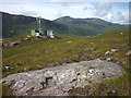 NH1310 : Telecoms mast by the old military road, Strath Cluanie by Karl and Ali