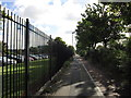 TA1429 : Looking east along Hedon Road, Hull by Ian S