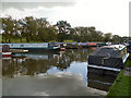SJ9483 : Macclesfield Canal, Higher Poynton Moorings by David Dixon