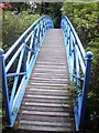 NJ9105 : A footbridge in Johnston Gardens by Stanley Howe
